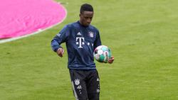 Bouna Sarr darf sich beim FC Bayern den Aufwärmklamotten nur selten entledigen