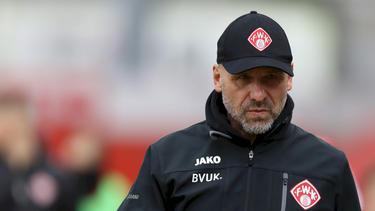 Nicht mehr Trainer der Würzburger Kickers: Bernhard Trares verlässt den Platz