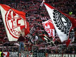 Fans des 1. FC Köln beleidigten Ron-Robert Zieler