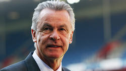 Glaubt an einen Zweikampf zwischen Dortmund und Bayern: Ex-Coach Ottmar Hitzfeld