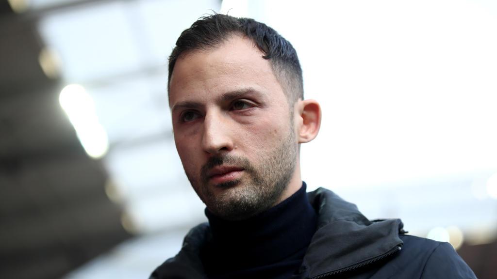 Domenico Tedesco ist seit 2017 Trainer auf Schalke