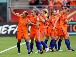 Gracias a un tanto de Shanice Van de Sanden, las neerlandesas ganaron. (Foto: Getty)