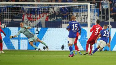 Amine Harit (r.) erzielte das 2:1 mit dem Außenrist