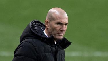 Zinédine Zidane ist positiv auf das Corona-Virus getestet worden