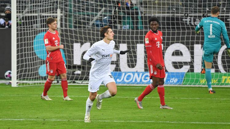 Gladbach-Star Florian Neuhaus (M.) wird von BVB und FC Bayern umworben