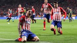Giménez adelantó al Atlético tras un saque de esquina. (Foto: Getty)