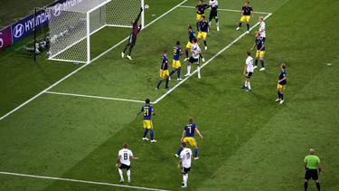"""Kroos schoss """"Die Mannschaft"""" zum Sieg gegen Schweden"""