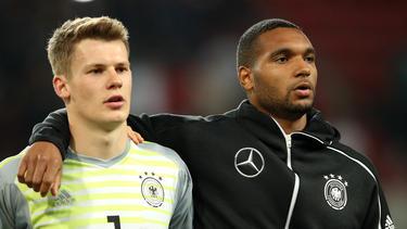 Alexander Nübel vom FC Schalke 04 (l.) ist Nummer eins der U21