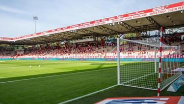 Am Samstag dürfen 4500 Zuschauer in das Stadion An der Alten Försterei