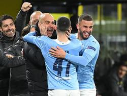 Pep Guardiola jubelt mit seinem Team über den Einzug ins Halbfinale
