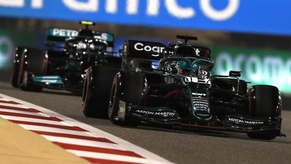 Formel 1: Mercedes und Aston Martin bewusst eingebremst?