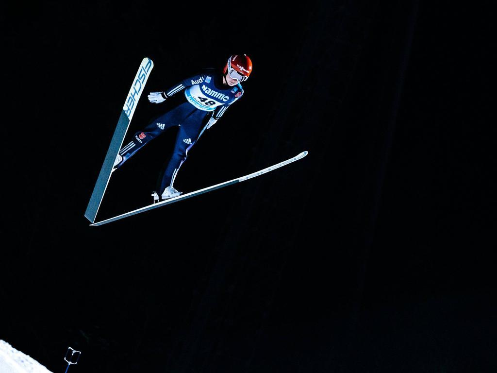 Carina Vogt überzeugt beim Weltcup in Russland
