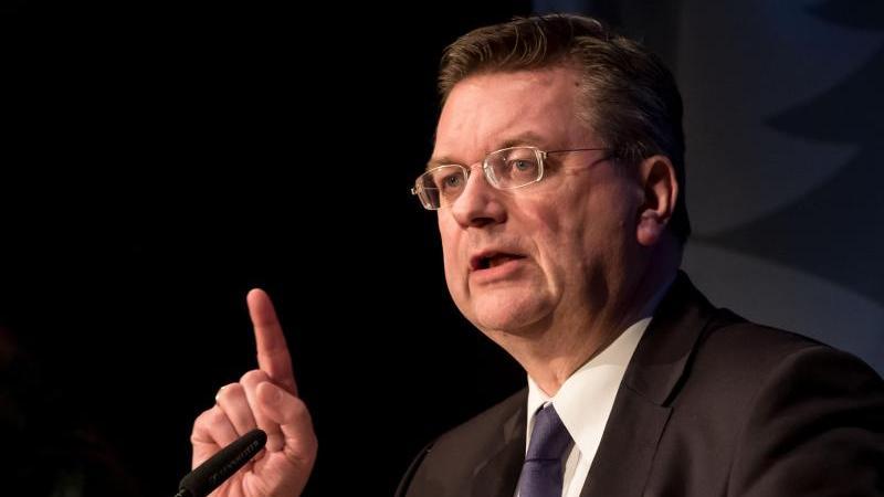 Möchte nicht FIFA-Präsident werden: DFB-Boss Reinhard Grindel