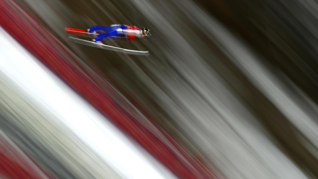 Karl Geiger legte einen starken zweiten Sprung in Engelberg hin