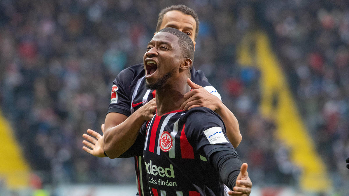 Almamy Touré steht bei Eintracht Frankfurt unter Vertrag