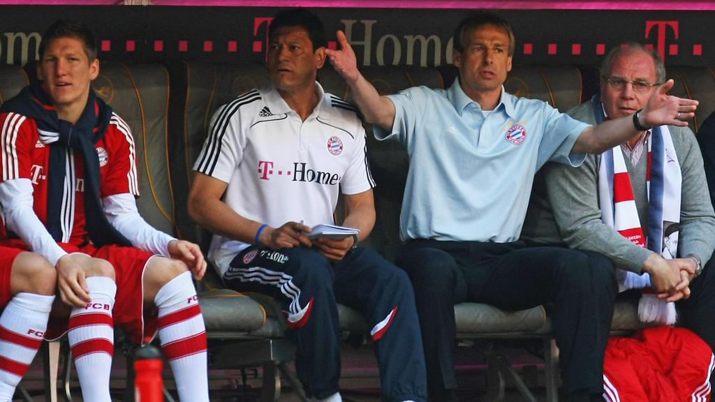 Jürgen Klinsmann (M.) scheiterte 2008/2009 nach nur neun Monaten als Trainer des FC Bayern