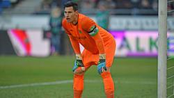 Philipp Tschauner steht im DFB-Pokal im 96-Tor