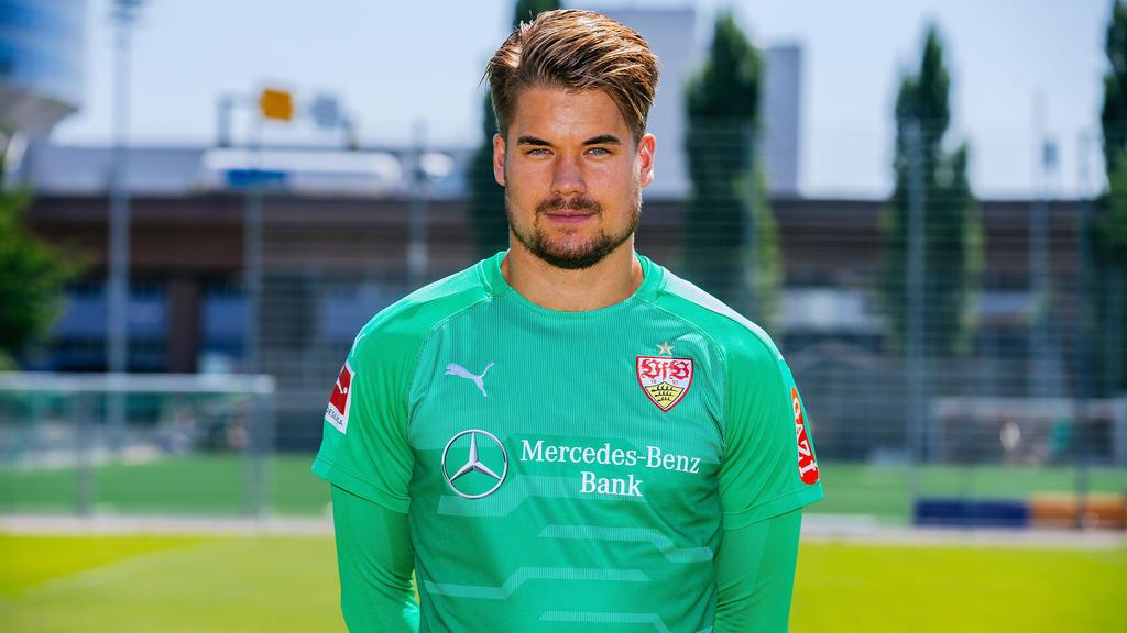 Wechselt vom VfB Stuttgart zu Jahn Regensburg: Torwart Alexander Meyer