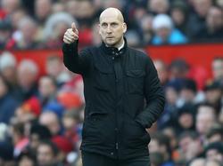 Jaap Stam als trainer van Reading in de wedstrijd tegen Manchester United