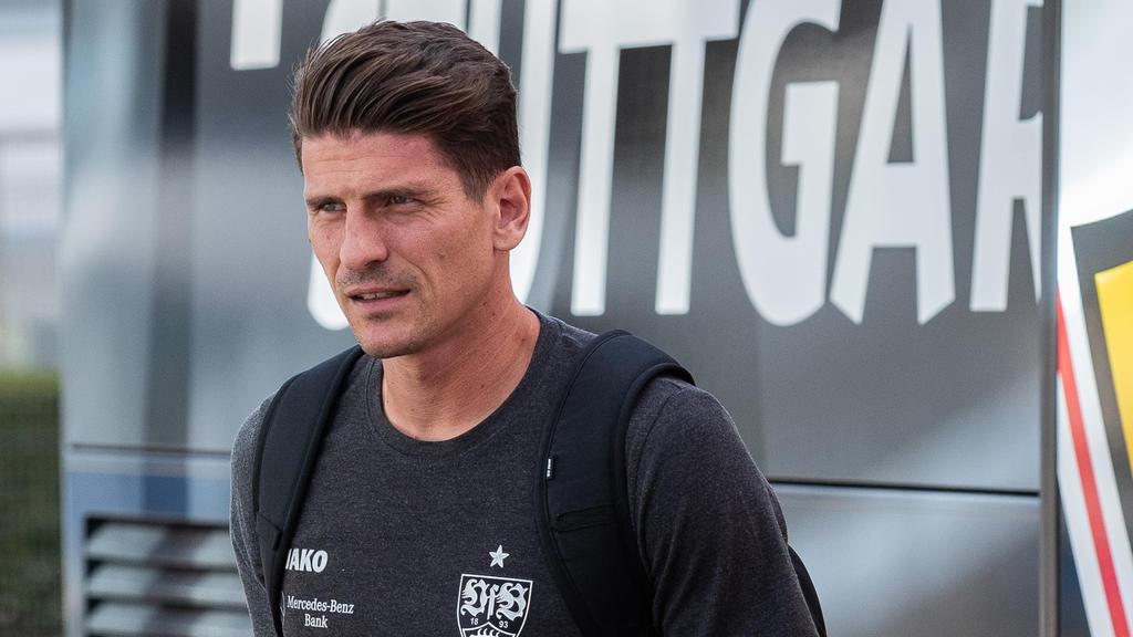 Der Stuttgarter Mario Gomez leidet unter einer Magenverstimmung