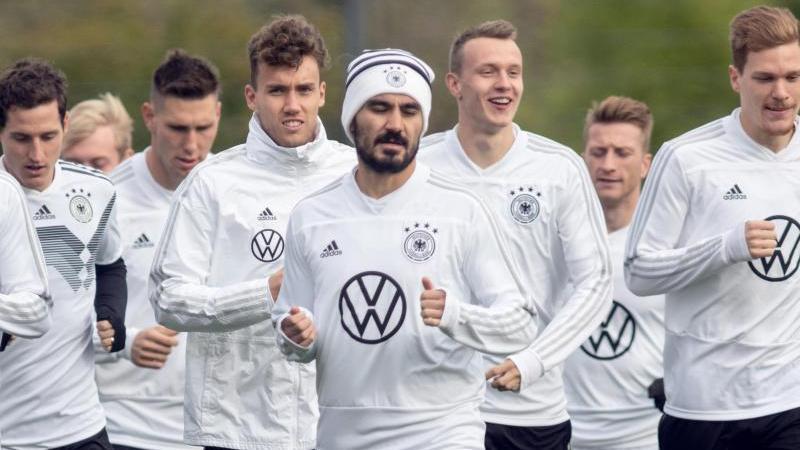 Zurück im DFB-Training: Ilkay Gündogan (M.)