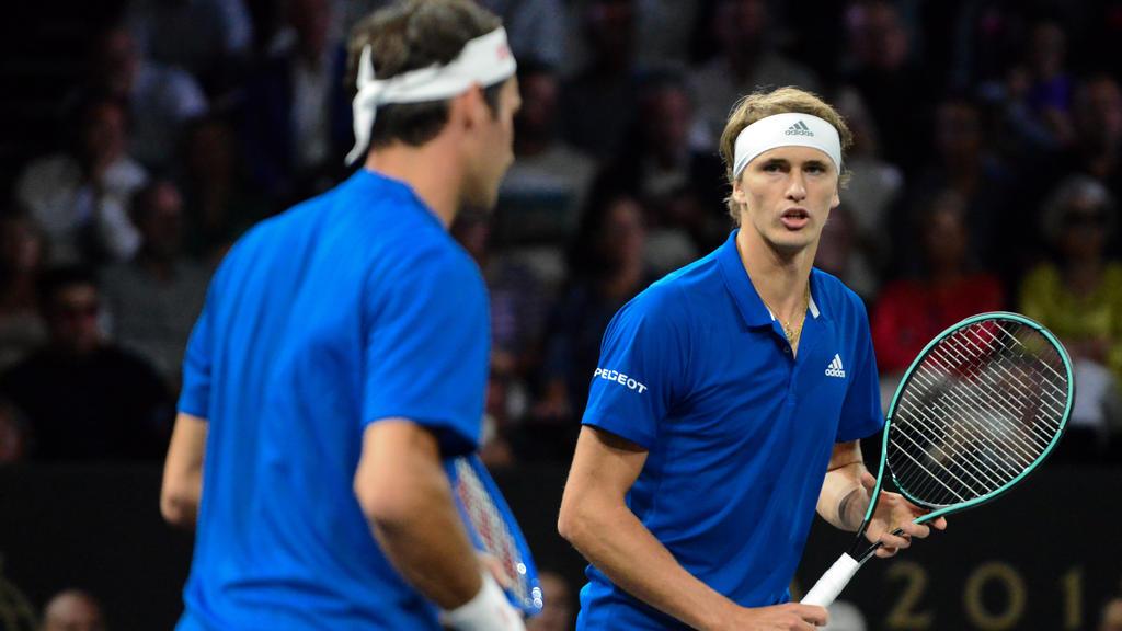 Von Roger Federer (l.) trennen Alexander Zverev noch Welten