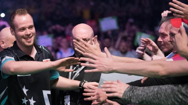 Deutsche Dart-Fans können sich auch Max Hopp in Berlin freuen