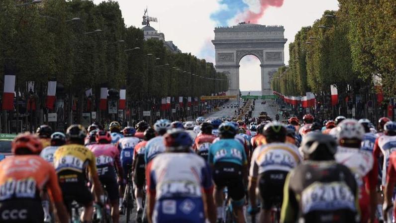 Doping-Fall bei der Tour de France? Ein Arzt und ein Krankengymnast bleiben in Polizeigewahrsam