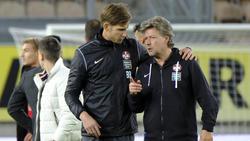Trainer Jeff Saibene (r.) vom 1. FC Kaiserslautern war kaum zu beruhigen