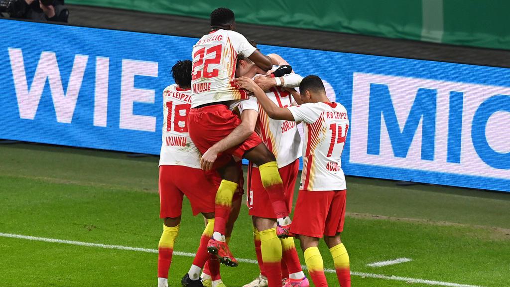 RB Leipzig jubelt über den Sieg gegen den VfL Wolfsburg