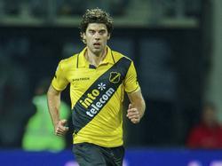 Kees Kwakman in actie tijdens AZ - NAC Breda. (18-1-2014)