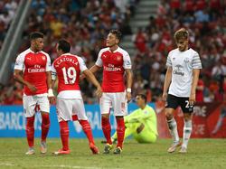 Özil trifft im Testspiel gegen Everton