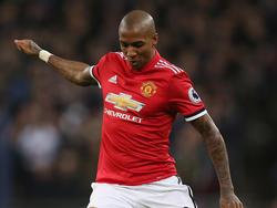 Young seguirá jugando para el Manchester United. (Foto: Getty)