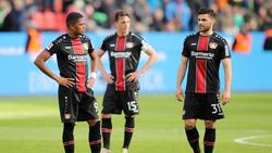 Caras de decepción en los hombres del Bayer tras la derrota. (Foto: Getty)
