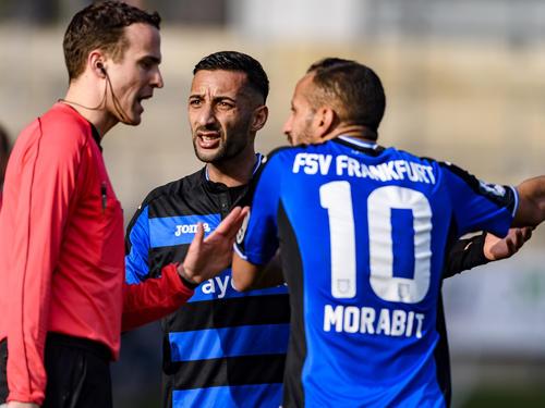 FSV Frankfurt trennt sich von Smail Morabit (r.)