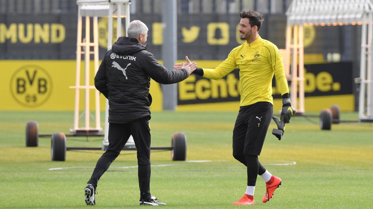 Setzt BVB-Coach Lucien Favre seinen Keeper Roman Bürki erneut auf die Bank?