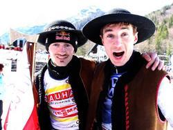In Tracht beim Skispringen