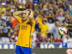 Alen Halilović baalt van het missen van een grote kans tijdens het oefenduel Chelsea - FC Barcelona. (28-07-2015)
