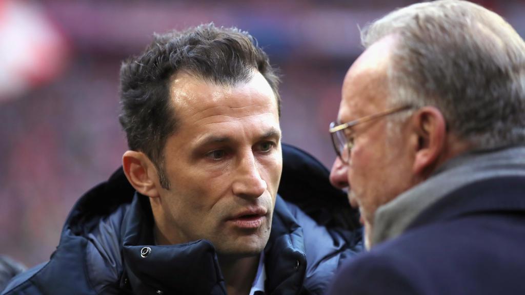 Hasan Salihamidzic (l.) ist beim FC Bayern seit rund einem Jahr im Amt