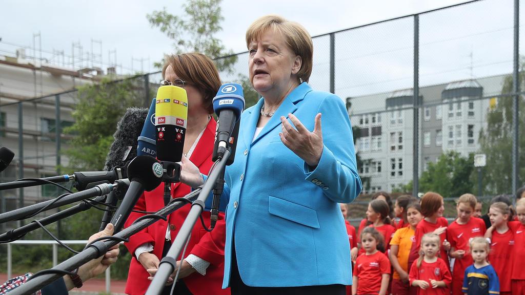 Angela Merkel drückt dem DHB-Team die Daumen
