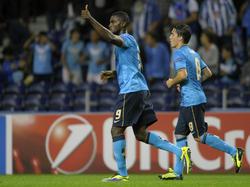 Portos Jackson Martinez (l.) und der FC Porto stehen erstmal an der Tabellenspitze