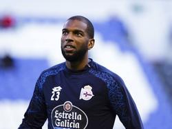 Ryan Babel begint aan zijn warming-up in het shirt van Deportivo La Coruña. De Nederlander kan debuteren in Spanje tegen CD Leganés. (22-09-2016)