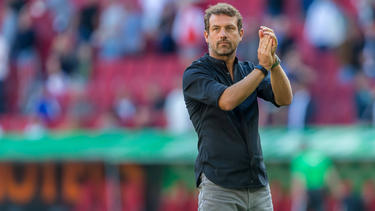 Markus Weinzierl schwört den FC Augsburg auf ein heißes Duell mit dem SC Freiburg ein
