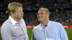 Ist sehr zufrieden mit dem Oliver Kahn im Vorstand des FC Bayern: Ex-Präsident Uli Hoeneß (r.)