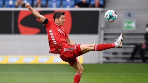 Robert Lewandowski und der FC Bayern treten am Mittwoch gegen den BVB an
