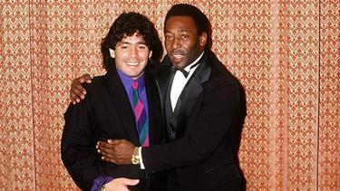 Jahrzehntelang waren Diego Maradona (l.) und Pelé dicke Freunde