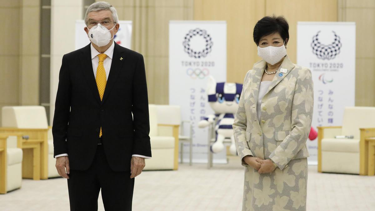 Yuriko Koike (r.) kämpft für die Olympischen Spiele in Tokio
