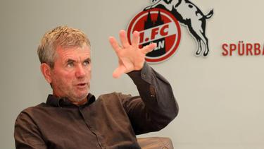 Friedhelm Funkel soll den 1. FC Köln vor dem Abschied bewahren