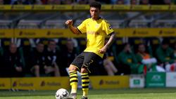 Jadon Sancho zeigte sich von den Gesangskünsten von BVB-Rückkehrer Mats Hummels begeistert