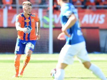 Vito Wormgoor behoudt het overzicht tijdens de wedstrijd Aalesunds FK - Molde FK. (14-08-2016)